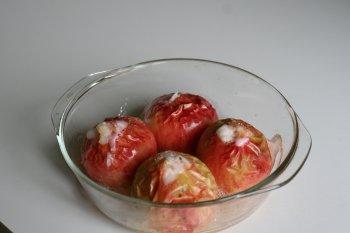 готовить яблоки 15-20 минут