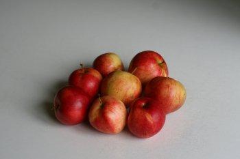 яблоки помыть